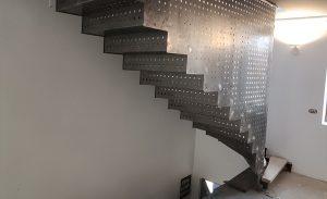 scara metalica interioara
